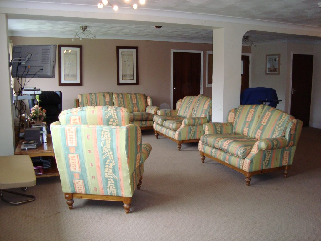 Sitting room at new dawn care service